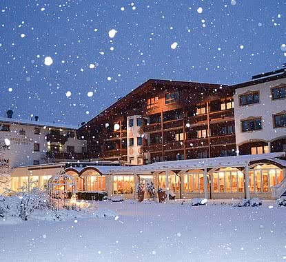 Wellness- & Sporthotel Neustift | Außenansicht Winter